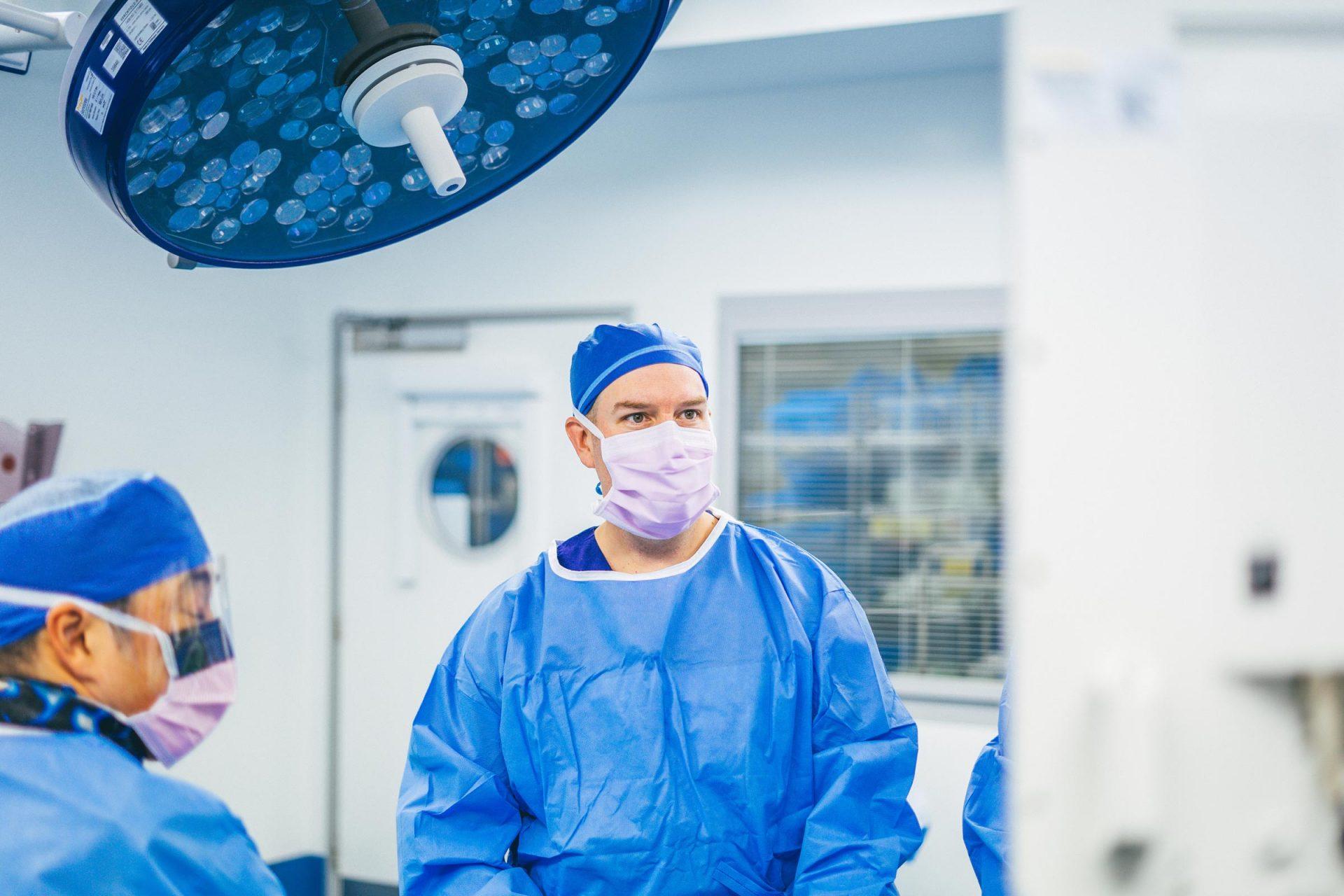 Dr Matt Lyons - Orthopaedic Surgeon Photography
